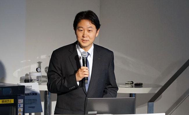 渡辺和幸・KDDI コンシューママーケティング1部部長