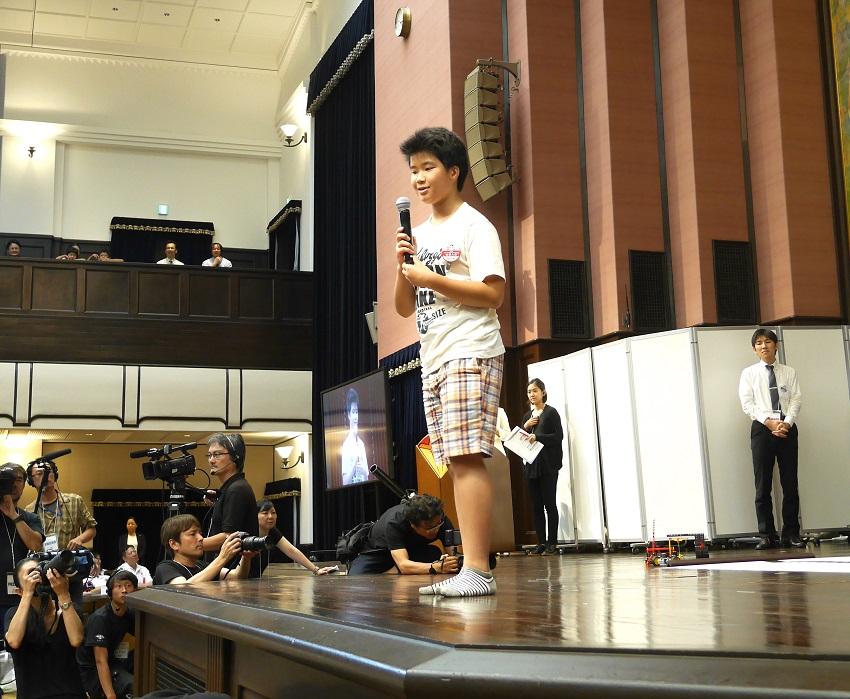 テクニカルコンテストで優勝した梅田荘次郎君